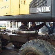 Ekskavatoriaus žiedo keitimo remontas Nirlita remonto specialistai