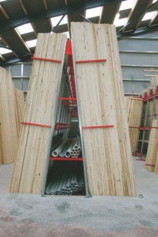 Stelažai medienos sandėliavimas